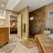 Banyo Paspaslarının Önemi; Dekorasyon Fikirleri