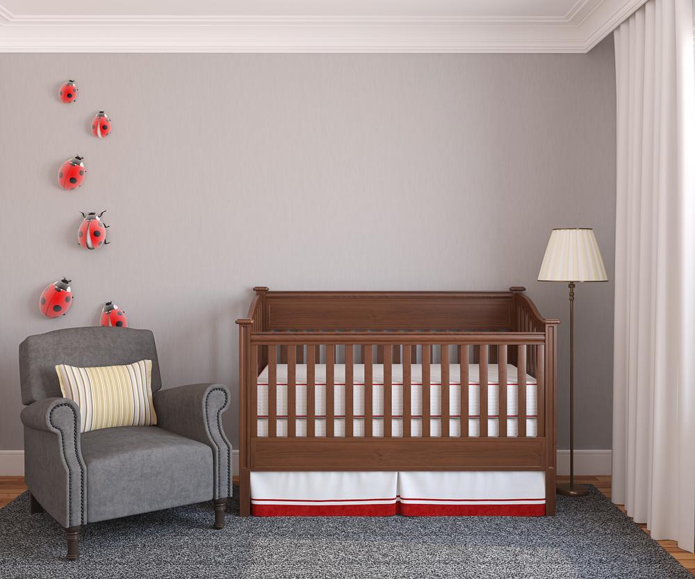 Bebeğinizin Güvenliği İçin Odasını Doğru Dekore Edin
